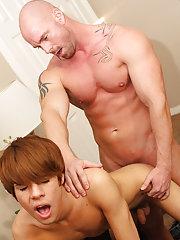 Midget guys suck uncut and life like cumming cocks at Bang Me Sugar Daddy