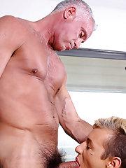Hardcore man on man sex and manga hardcore porn at Bang Me Sugar Daddy