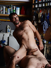 Sex gay hunk and nude muscle men hairy hunk free pic links at My Gay Boss