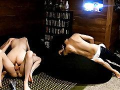 Bareback anal close cum and...