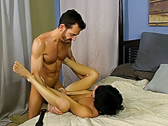 Gay self fucking tube and young muscular guy eats pussy at Bang Me Sugar Daddy