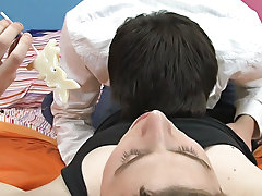 Gay twink tube sex teen and emo twink blowjob gay