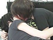 This weeks duet sees resident bottom lad Andrew Dexter getting fucked by Scottish cutie Seth Savage free gay boy thumbnails at Homo EMO!