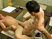Twink boys cumming and twinks suck older men at glory holes at Teach Twinks