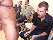 Free gay group sex and gay men masturbation groups in texas at Sausage Party