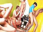 Gays group sex and manga group sex at Crazy Party Boys