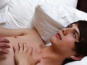Teen boy masturbate movie and pictures of normal mens dicks - Gay Twinks Vampires Saga!