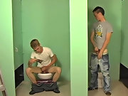 Braden notices a gap in the wall, so naturally lets Nevin suck his dick gay american twinks